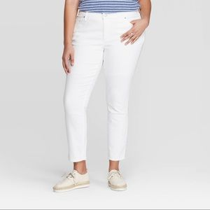 Women's Plus Skinny Jeans Universal Thread White